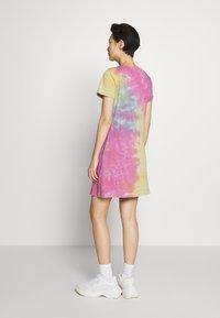 Love Moschino - TIE DYE DRESS - Jerseyjurk - multi-coloured - 2