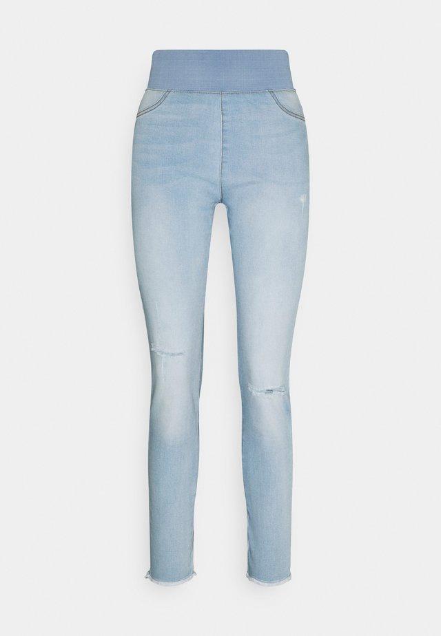 FQSHANTAL ANKLE BROKEN - Slim fit jeans - bleached blue denim