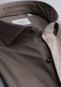 Eterna - SLIM FIT - Formal shirt - taupe - 5