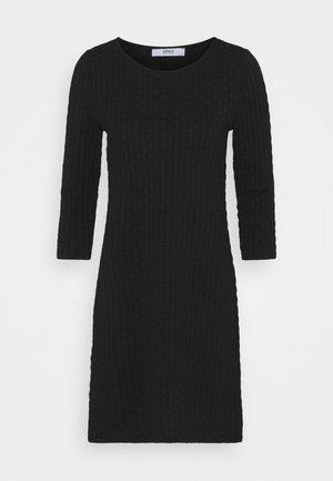 ONLRANDY 3/4 DRESS - Pouzdrové šaty - black
