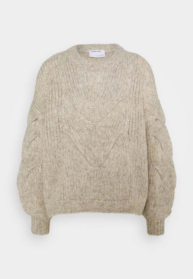 ANTICO CABLE - Strickpullover - ecru