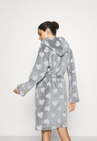 Loungeable - HEART LUXURY HOODED ROBE - Badjas - grey - 2