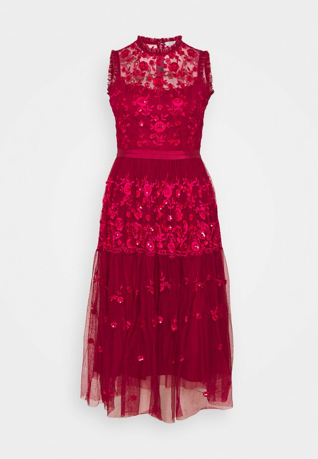EMBROIDED DRESS - Cocktail dress / Party dress - red