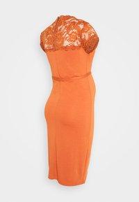 MAMALICIOUS - MLBLACKIE MIVANA CAP DRESS - Day dress - auburn - 1