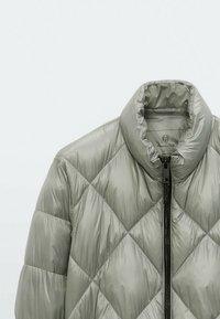 Massimo Dutti - MIT ABNEHMBARER KAPUZE  - Winter jacket - blue - 4