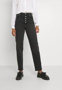 NA-KD - BUTTON CLOSURE - Straight leg jeans - grey - 0