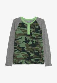 J.CREW - CAMO RAGLAN HENLEY - T-shirt à manches longues - heather grey - 2