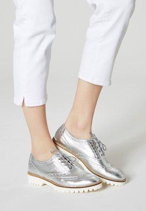 Snøresko - silver