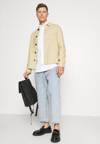 Tommy Hilfiger Tailored - SOLID SLIM SHIRT - Formal shirt - white - 3
