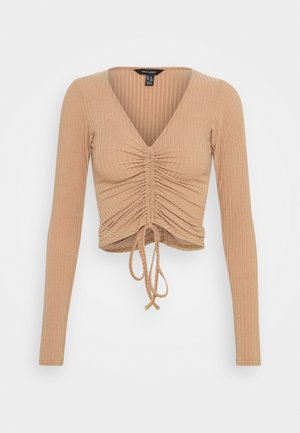 RUCHED FRONT - Long sleeved top - camel