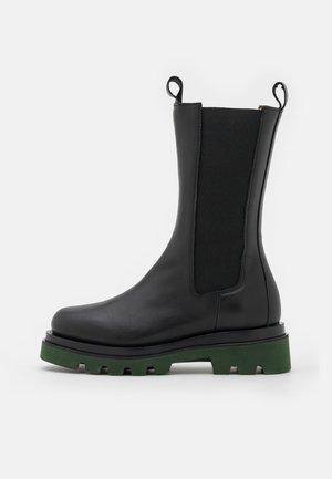 Platform boots - black/verde
