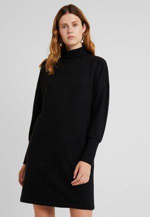NMCITY BAT SHORT DRESS - Pletené šaty - black