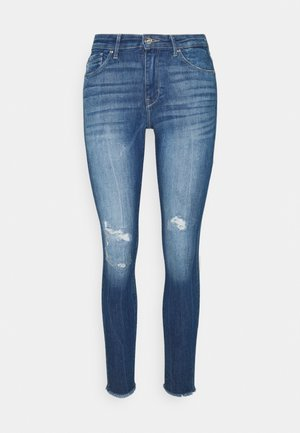 ONLCARMEN RAW - Skinny-Farkut - medium blue denim