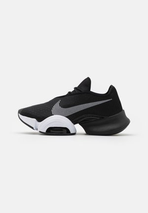AIR ZOOM SUPERREP 2 - Gym- & träningskor - black/white/dark smoke grey