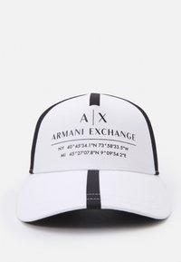 Armani Exchange - MICRO TAPE LOGO BASEBALL UNISEX - Casquette - white - 3