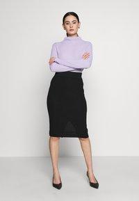 Selected Femme - SLFMARGE SKIRT - Pouzdrová sukně - black - 1