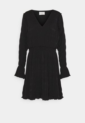 RICA PLEAT DRESS - Denní šaty - black