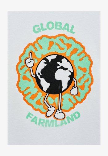 GLOBAL FARMLAND - Printtipaita - white
