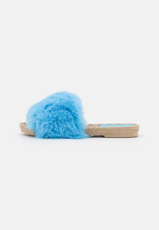 ADINA - Chaussons - blue