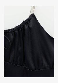 PULL&BEAR - Robe fourreau - mottled black - 6