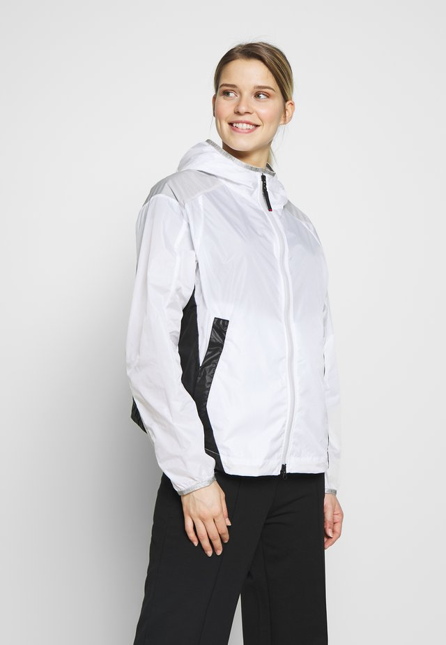 FRANKA - Outdoorjas - white