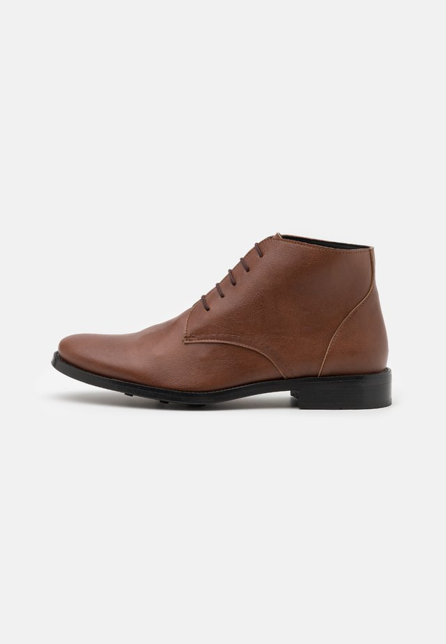 DOVER - Lace-up ankle boots - brown