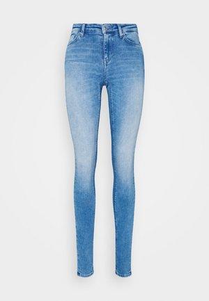 ONLCARMEN  - Jeans Skinny Fit - light blue denim