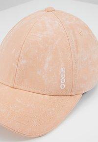 HUGO - Cap - light/pastel orange - 2