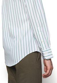 Polo Ralph Lauren - NATURAL - Shirt - green/white - 3