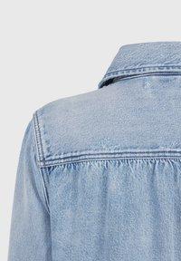 AllSaints - MAISY DENIM SHIRT JA - Denim jacket - blue - 3