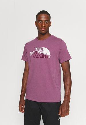 MOUNTAIN LINE TEE - T-shirt med print - pikes purple