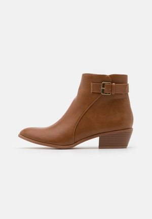 PILAS - Classic ankle boots - tan