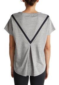 Esprit Sports - Print T-shirt - medium grey - 5