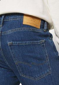 Jack & Jones - JJIMIKE JJORIGINAL - Straight leg jeans - blue denim - 3