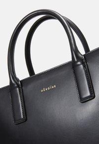 Maison Hēroïne - KIRA - Shopper - black - 5