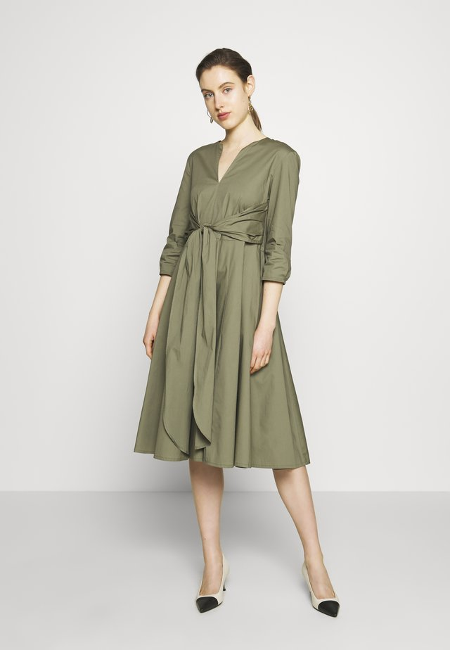 DIONISIO - Cocktailkleid/festliches Kleid - moss green