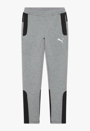 EVOSTRIPE PANTS - Teplákové kalhoty - medium gray heather