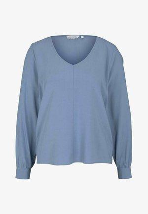 Blus - soft mid blue