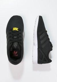 adidas Originals - ZX FLUX - Trainers - black - 1