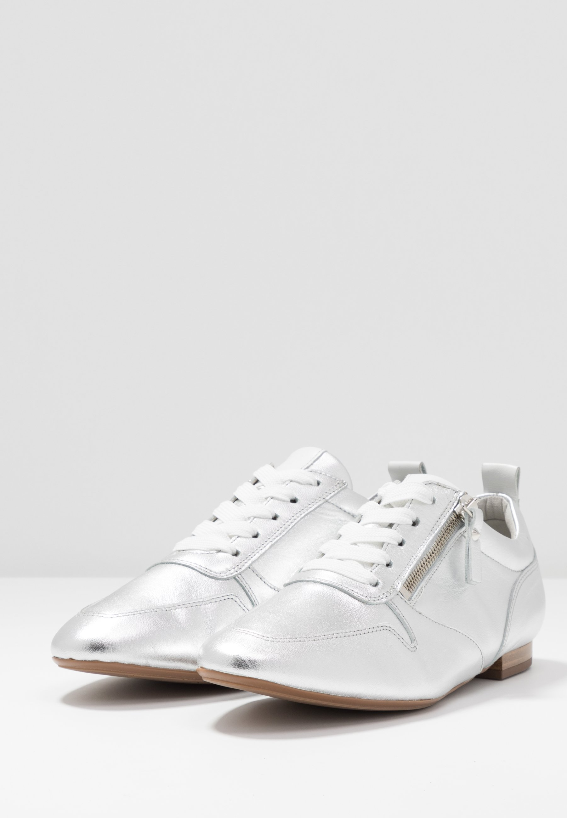 Shop Cheapest Peter Kaiser GINETT - Lace-ups - silber corfu/weiß samoa   women's shoes 2020 hlA3M