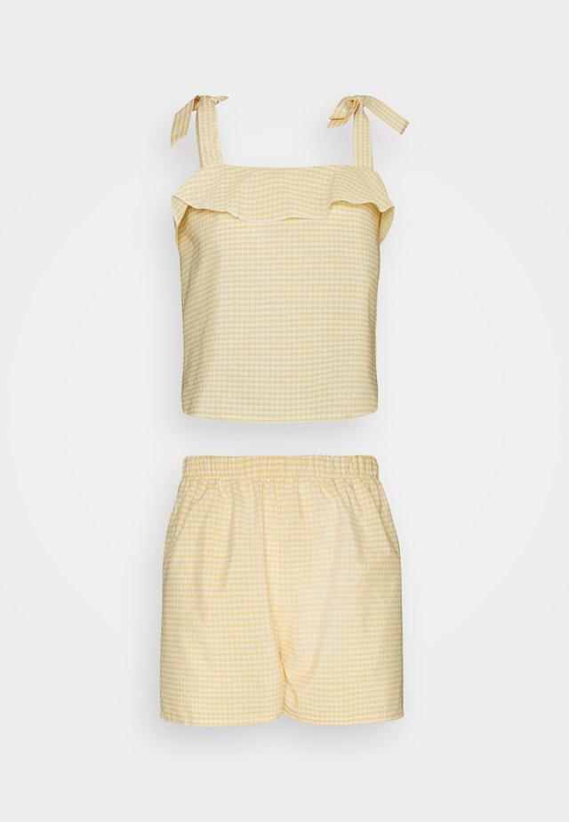 Pyjama - yellow