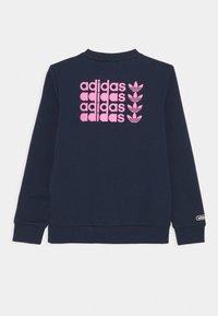 adidas Originals - TREFOIL LOGO JUMPER UNISEX - Sweatshirt - collegiate navy - 1