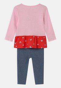 Levi's® - PEPLUM SET - Leggings - Trousers - pink lady - 1