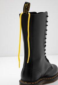 Dr. Martens - 1914 - Šněrovací vysoké boty - black smooth - 7