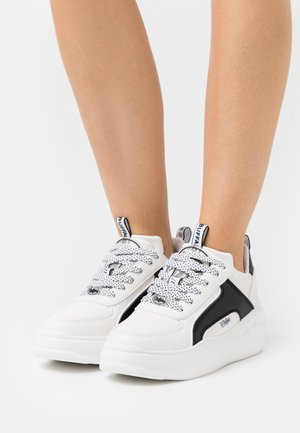 VEGAN FLAT SMPL 2.0 - Sneakers basse - white/black