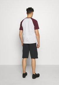 Zimtstern - TRAILSTAR EVO SHORT ME - Sports shorts - pirate black - 2