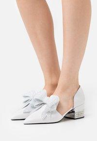 Jeffrey Campbell - VALENTI - Classic heels - white/silver - 0