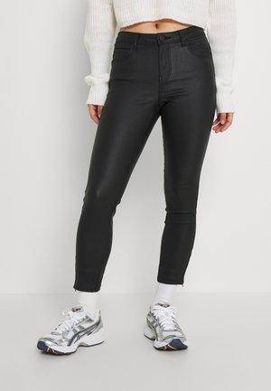 NMKIMMY COATED DART  - Trousers - black