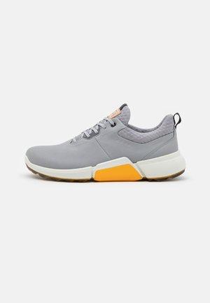 BIOM HYBRID 4 - Golf shoes - silver grey