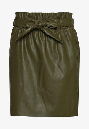 VMAWARDBELT SHORT COATED SKIRT - A-line skirt - ivy green